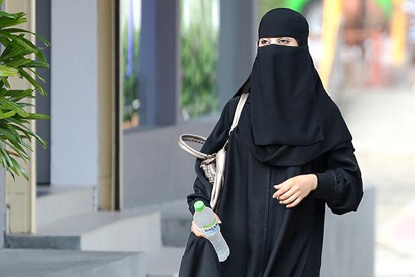 Day 11: Saudi Women